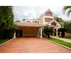 Très belle maison à louer ou à vendre